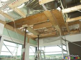 Wohnhaus in T. | Befall der Deckenkonstruktion sowie der Außenwände durch Holz zerstörende Pilze, Foto: © Ingenieurbüro Pia Haun - Trier