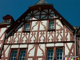 Fachwerkhaus am Trierer Hauptmarkt wurde um 1600 erbaut - einfach zeitlos schön... Foto: © Ingenieurbüro Pia Haun - Trier