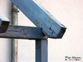 Schlechte Planung und Ausführung hinsichtlich des baulichen Holzschutzes   fehlende Wartung   erhebliche Schäden an frei bewitterter Konstruktion